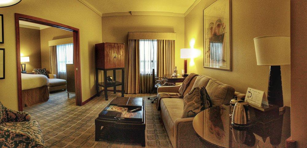 Heathman-hotel-suite-living-room.jpg