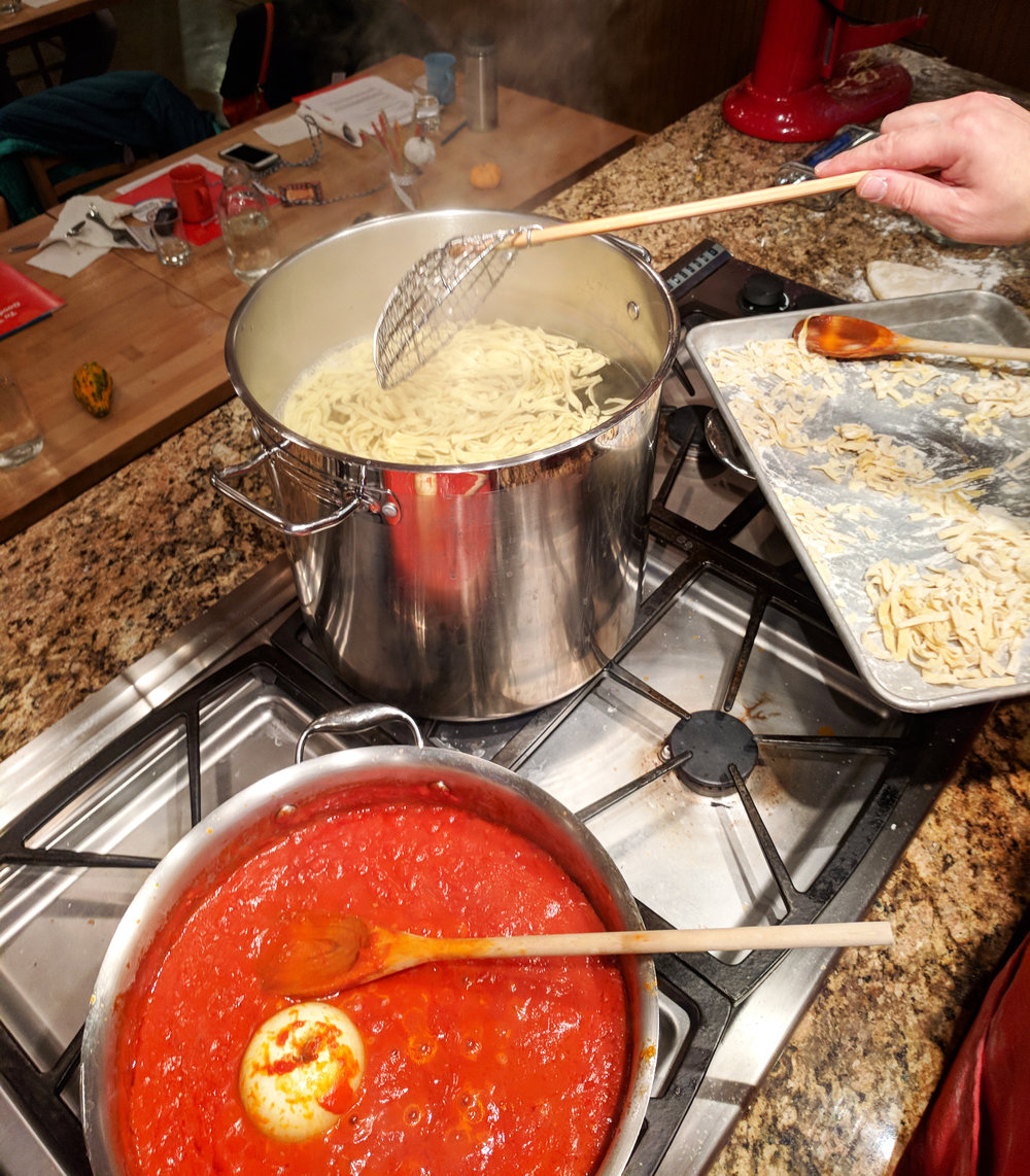 cooking-sauce-and-pasta.jpg