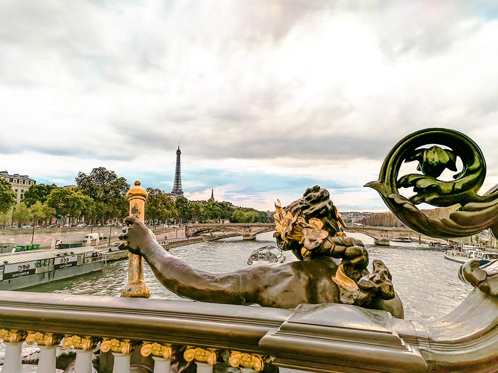 bridge-statue.jpg