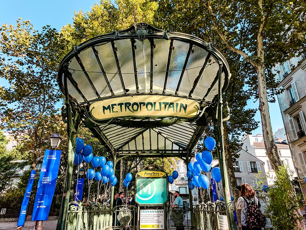 metro-stop-entrance.jpg