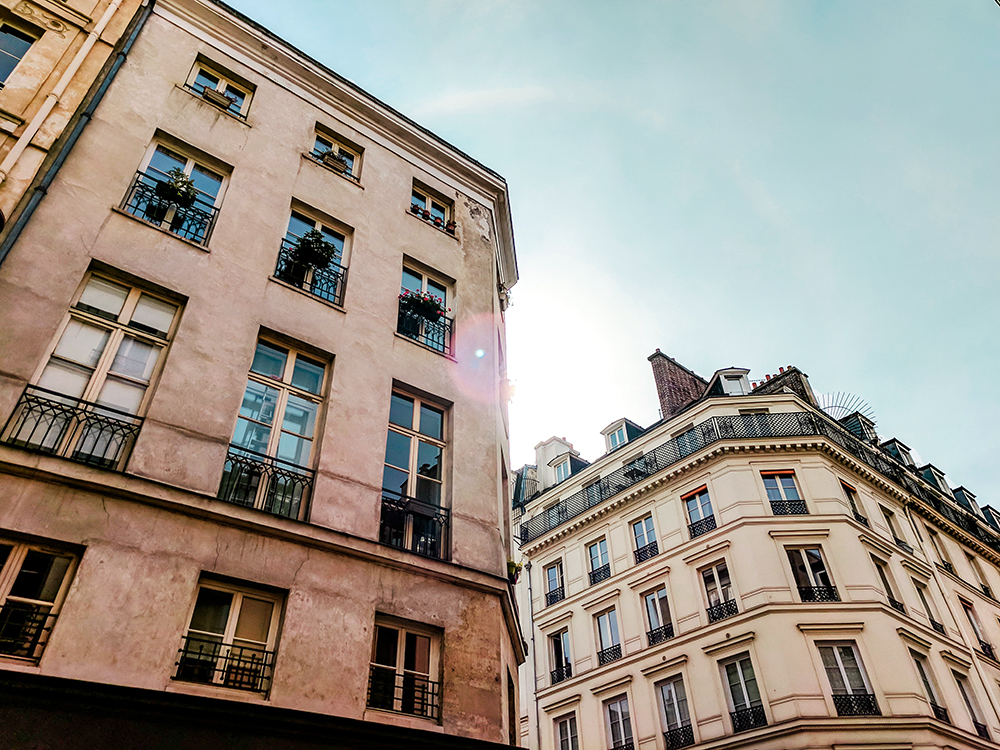 paris-buildings-sunbeam.jpg