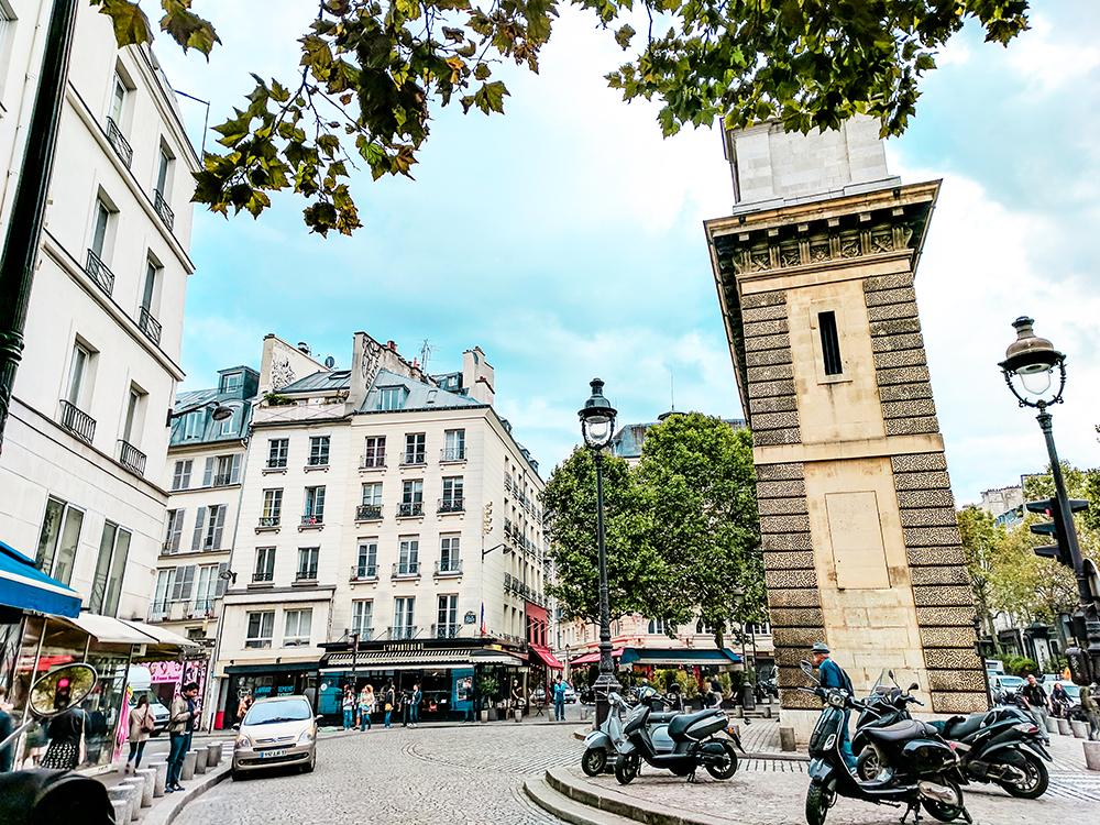 paris-roundabout.jpg