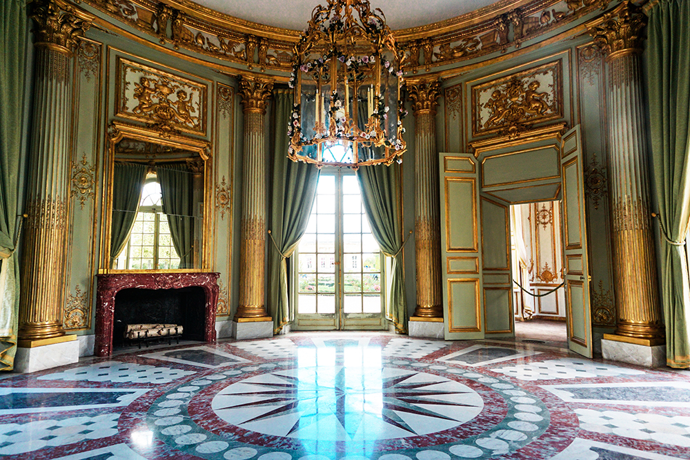 versailles-house-interior.jpg