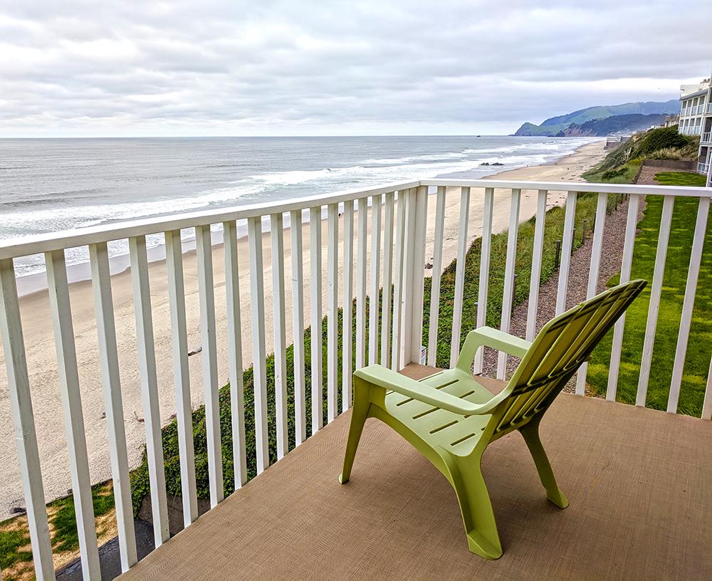 Coho-Oceanfront-Lodge-room-balcony.jpg