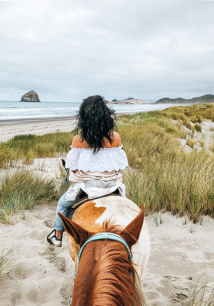 Pacific-City-horseback-riding.jpg