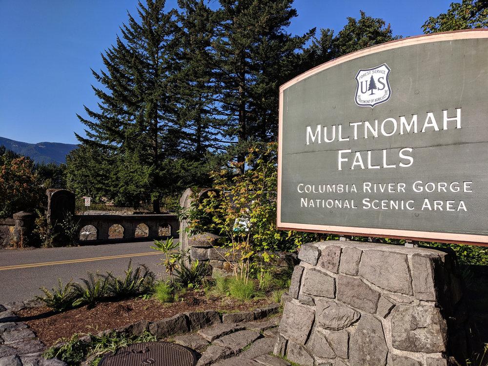 Multnomah Falls sign.jpg