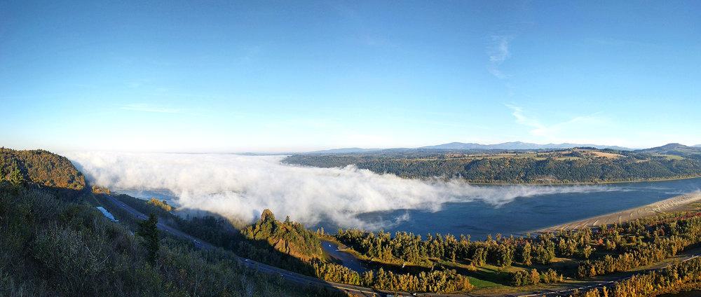 Columbia River Gorge panorama.jpg