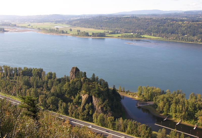 Photo via  Columbia River Images