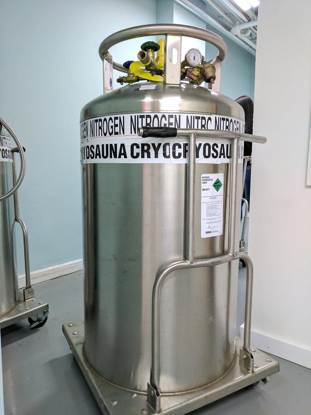 CyroGuru nitrogen chamber