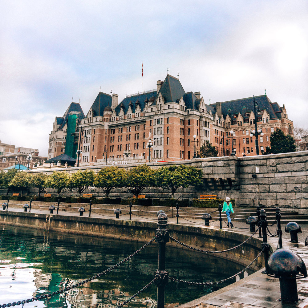 Victoria Fairmont Empress harbor view