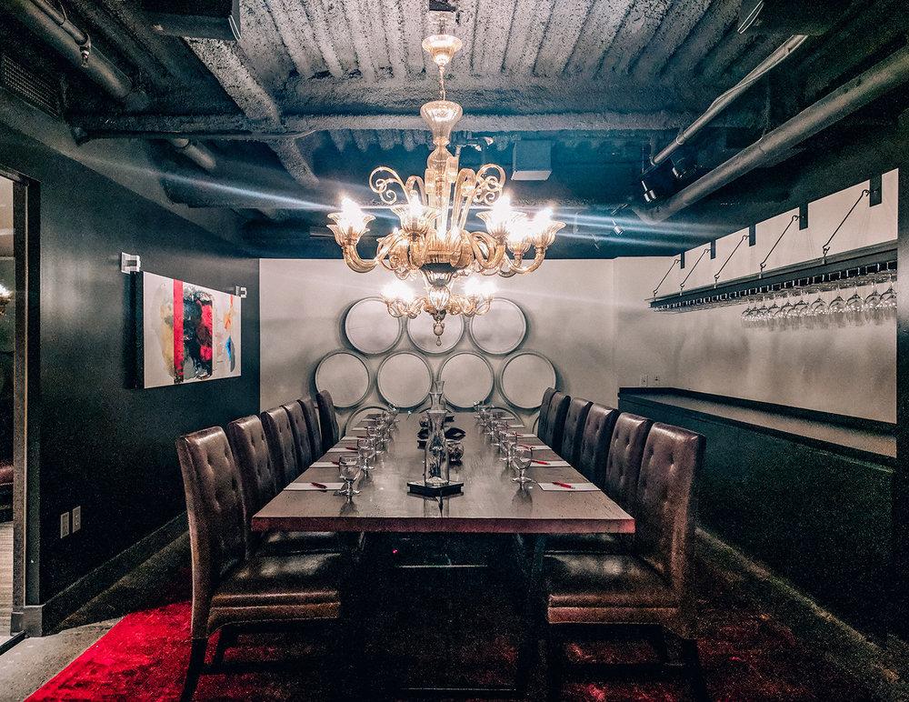 Hotel Vintage tasting room
