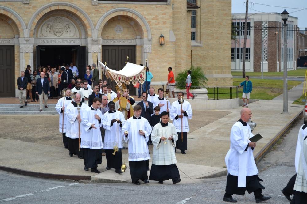 Eucharistic Procession JY b122.JPG