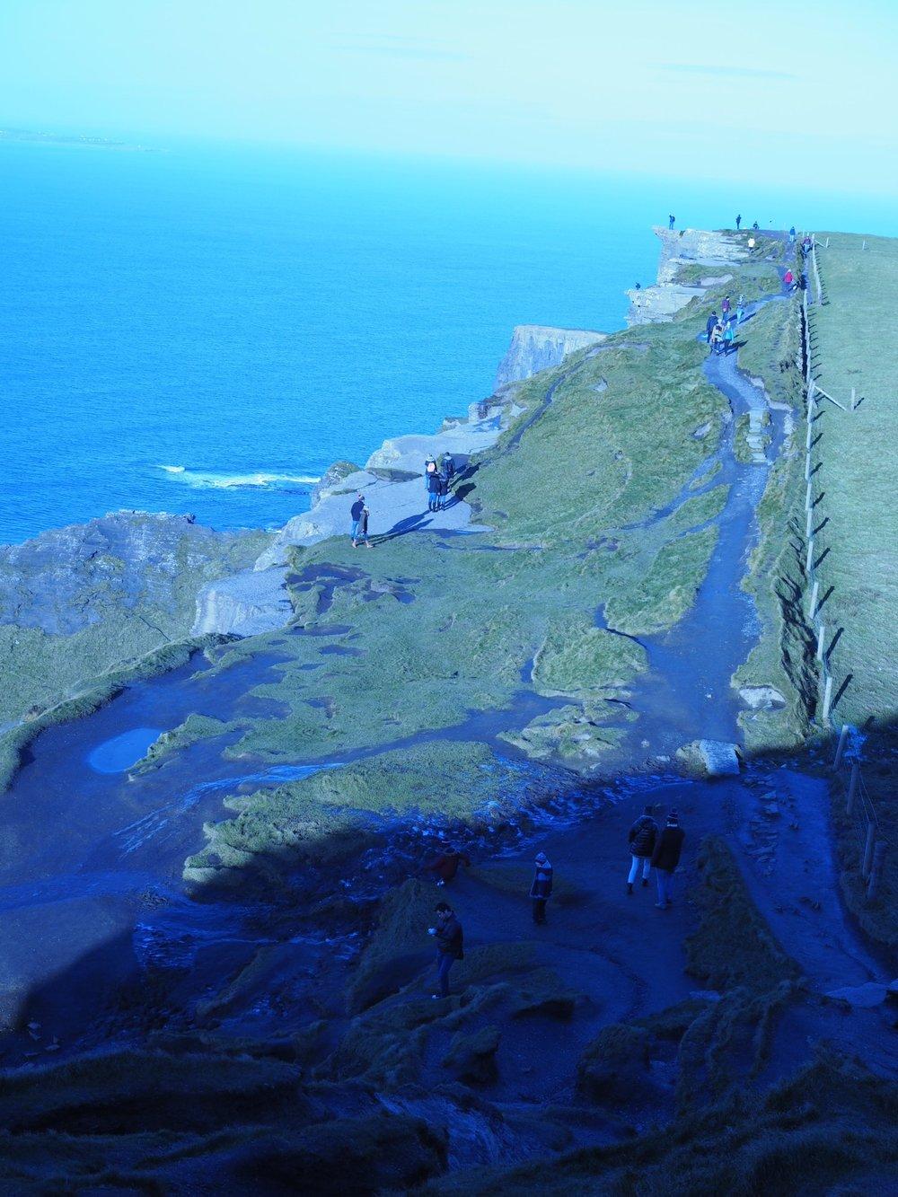 Cliffs_5.jpg