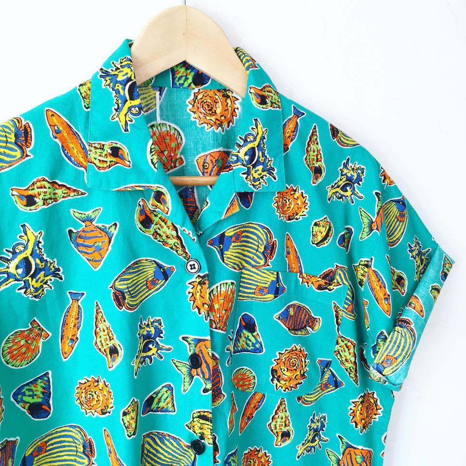 Ésta es una de las maravillosas prendas que encontré durante mi viaje. Sí, lo sé, te mueres.