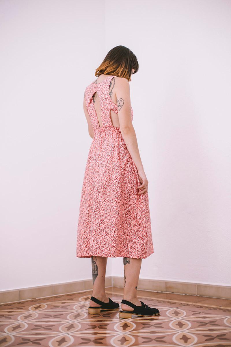La colección consta de 5 únicos vestidos.