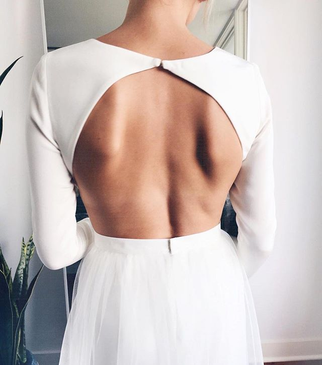It's all about backs 🌟 @megmcmillin_  Custom wedding gown with delicate details to ensure a perfect fit.