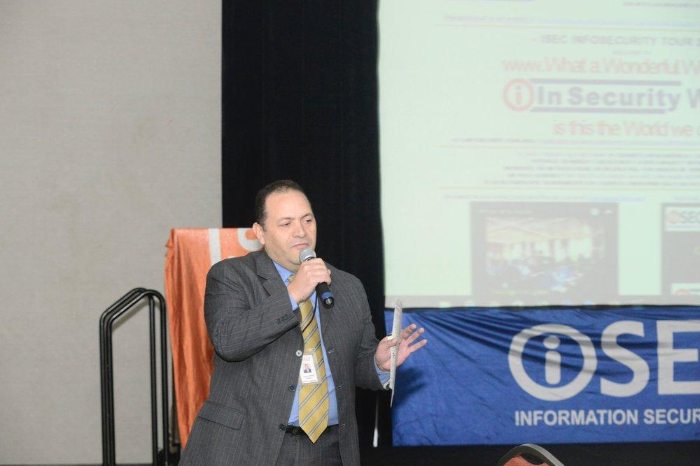 Luis Andrade - Master   en Gerencia de TI, Programa   de Formación Gerencial IESA, Programa de Formación de Líderes Latinoamericanos ISACA. Certificación   Internacional como Auditor de Sistemas CISA  . Contribución como líder en Riesgos  , Auditoría y Seguridad de   TI por   más de 25 años.   Docente-Investigador en Gobernabilidad, Riesgos y Auditoría de TI por más de 14 años. Ponente invitado en   Infosecurity  , EY, CUFM, UCAB, UCV y diversas corporaciones. Presidente   ISACA   Chapter     Venezuela  . (sin fines de lucro) y Director ejecutivo de empresa especializada en Consultoría y Capacitación en TI.