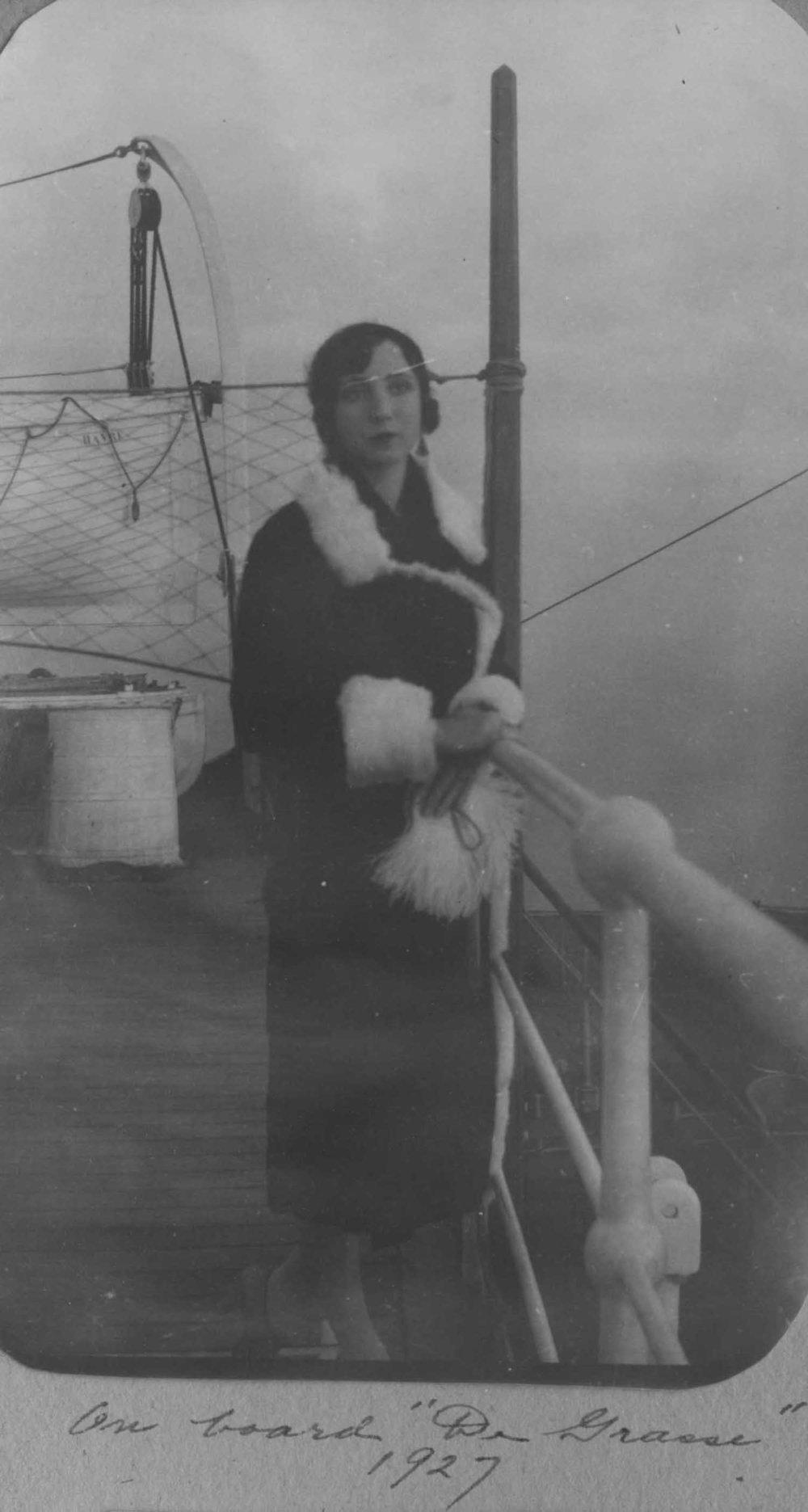 Anais 1927 15 Jul De Grasse.jpg