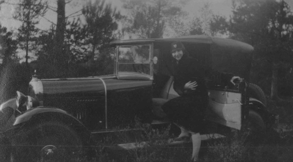 Anais 1928 2 May NY.jpg