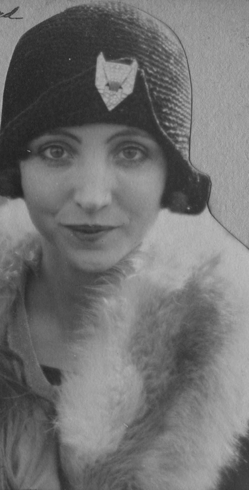 Anais 1928 4 May NY.jpg