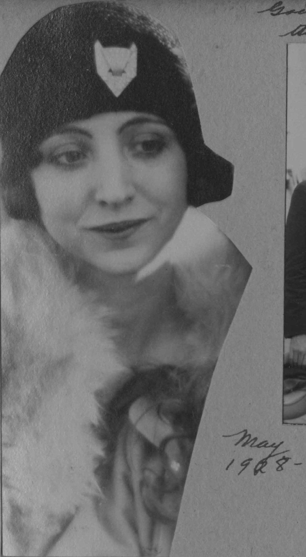 Anais 1928 8 May NY.jpg
