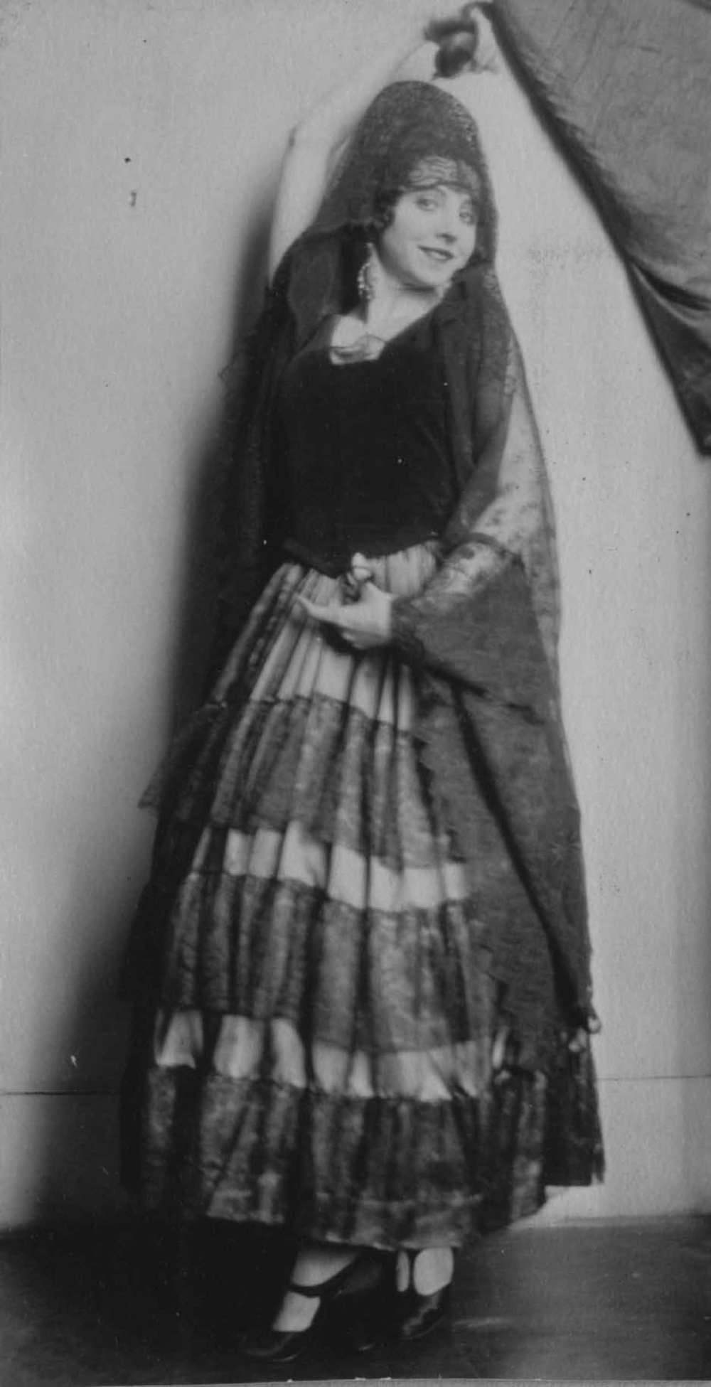 Anais 1928 25 dance Sep.jpg
