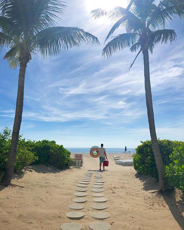 #tbt to warmer days. 🌊🌴🌊🌴🌊🌴 @mburan  #floridadreaming #florida #southflorida #deerfieldbeach #travelgram #takemeback #deerfieldbeachflorida