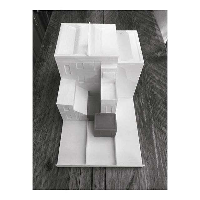 3D printed model of our very first project - the refurbishment of a small flat in London. Careful consideration of massing in 3D, meant we were able to sensitively convert the dingy one bedroom flat into a bright two bedroom home full of light, by creating a small courtyard in the centre of the plan.  _ _ _ _ _ _ #architecture #architecturelovers #interiordesign #architekt #interior #architect #londondesign #3dprinting  #housedesign #handmade #3dmodeling #londonarchitecture #architectureporn #interiordesigner #renovationproject #modernhouse #beforeafter #minimalism #3dprinter #simple #3dmodel #instaarchitecture #architexture #dezeen #minimal #renovation #minimalist #london #3dprint #model