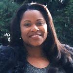 LoriaRoberson_profilepic.jpg