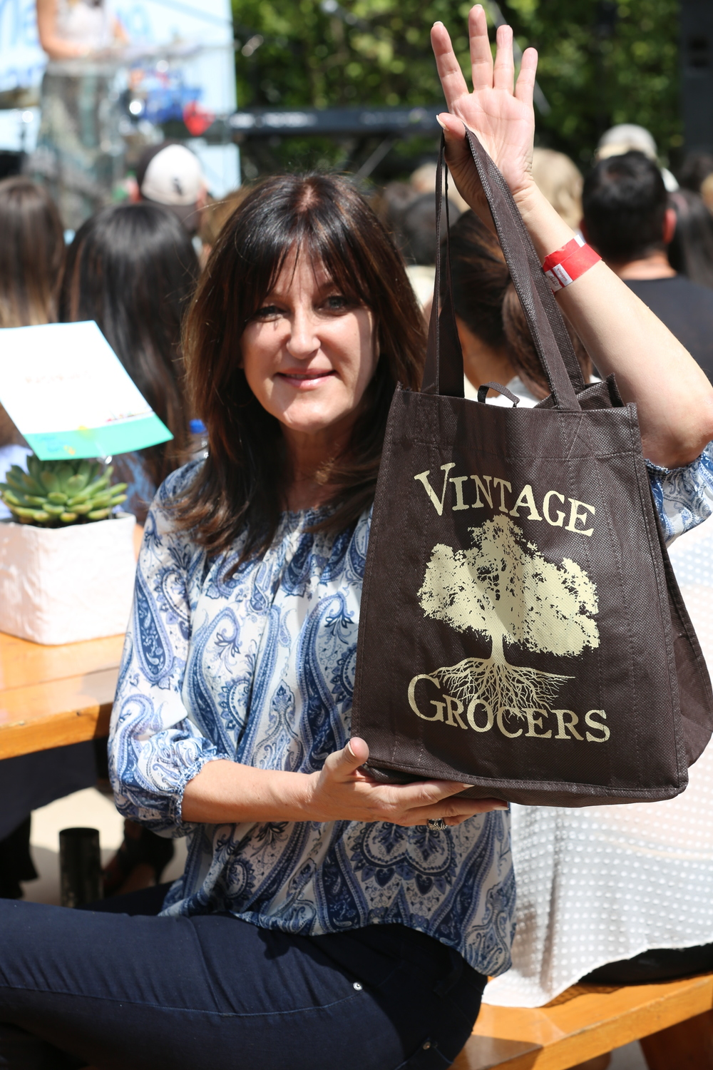 Vintage Grocers also provided these great reusable totes for guests to put their goodies in!