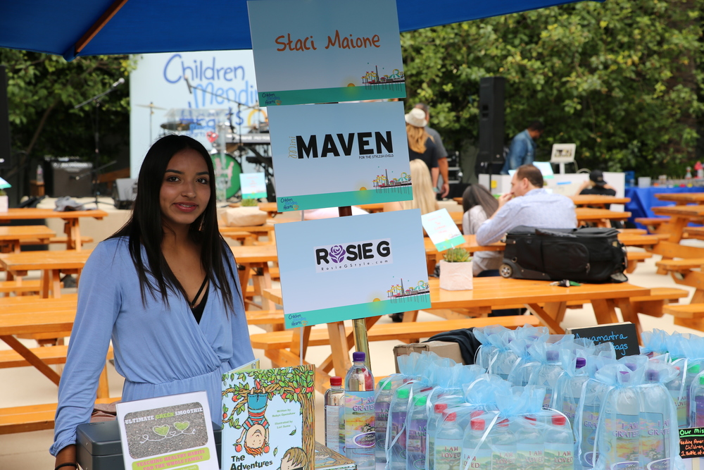 Mini-Maven Representing at the Bazaar.