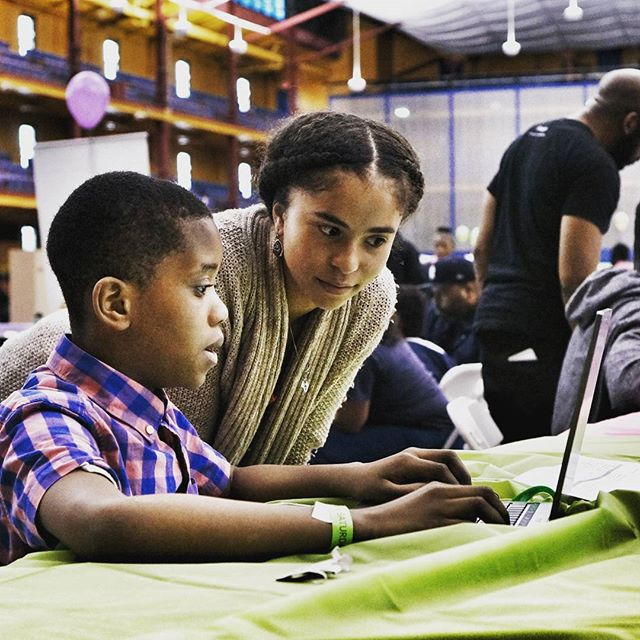 Had a ball teaching students to write their first lines of code at Super Saturday this past weekend! #arduino #helloworld #BeELiTE