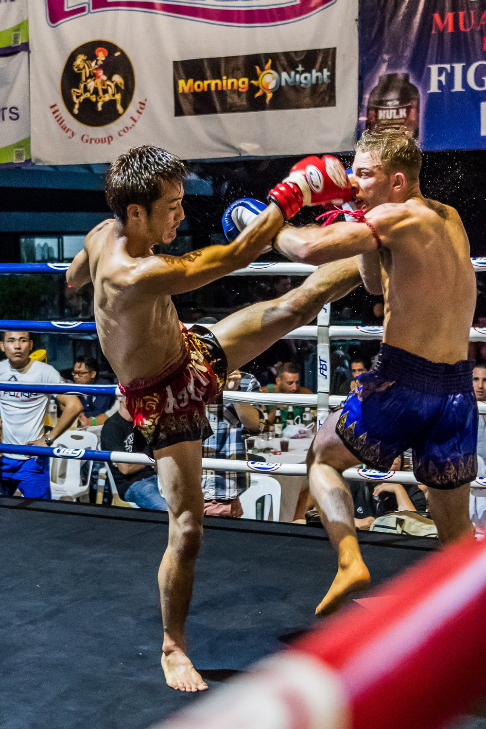 BANGKOK, THAILAND - OCTOBER 07: Proflex Fight Night on October 07, 2016 at Ambassador Hotel, Bangkok, Thailand. (Photo by: Naratip Srisupab/Thailand Photo SEALs Sports Photography)