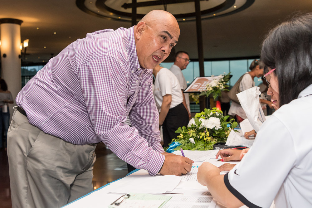 PHUKET, THAILAND - DECEMBER 09: Participants checking in at Blue Canyon Club Championships 2016 on December 09, 2016 in Phuket, Thailand. (Photo by: Naratip Srisupab/Thailand Photo SEALs Sports Photography)