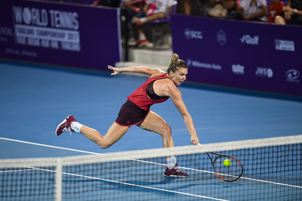 HUA HIN , THAILAND - DECEMBER 24: Simona Halep of Romania playing her Championship Match on Centre Court during the Intercontinental World Tennis Thailand Championship 2017 at True Arena Hua Hin, Hua Hin, Prachuap Khiri Khan, Thailand on December 24, 2017. (Photo by: Naratip Srisupab/SEALs Sports Images)