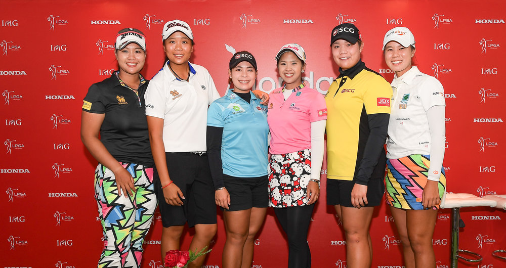 CHON BURI, THAILAND - FEBRUARY 21: Honda LPGA Thailand 2018 Thai Players Press Conference: (L-R) Supamas Sangchan, Benyapa Niphatsophon, Ariya Jutanugarn, Moriya Jutanugarn, Pornanong Phatlum, Saranporn Langkulgasettrin at Siam Country Club (Old Course), Chon Buri, Thailand on February 21, 2018. (Photo by: Naratip Srisupab/SEALs Sports Images)