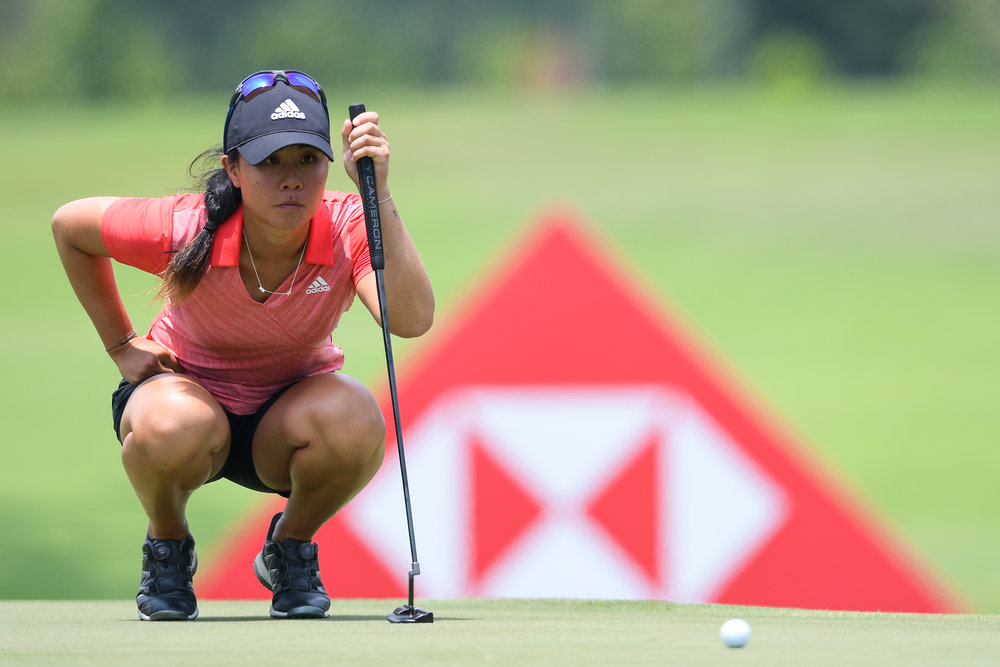 SINGAPORE - MARCH 03: Danielle Kang (USA) prepare to putt on Hole 17 during her third round at the HSBC Women's World Championship 2018 at Sentosa Golf Club, Singapore on March 03, 2018. (Photo by: Naratip Srisupab/SEALs Sports Images)