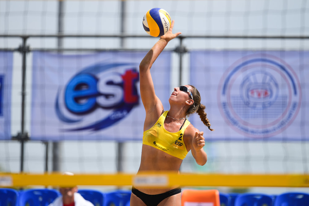 BANGKOK, THAILAND - MAY 12: María Belén Carro Márquez de Acuña (ESP) during Round of 12 Match 17 on Court 1 at the FIVB Beach Volleyball World Tour - Bangkok Open 2018, King Mongkut's Institute of Technology, Bangkok, Thailand on May 12, 2018. (Photo by: Naratip Golf Srisupab/SEALs Sports Images)