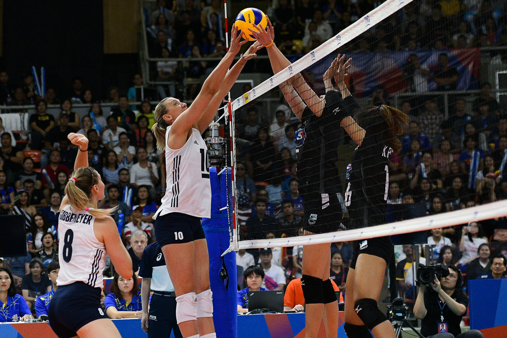 BANGKOK, THAILAND - MONTH 31: Jordan Larson (c) of USA in action during the FIVB Volleyball Nation League 2018, Indoor Stadium Huamark, Bangkok, Thailand on May 31, 2018. 