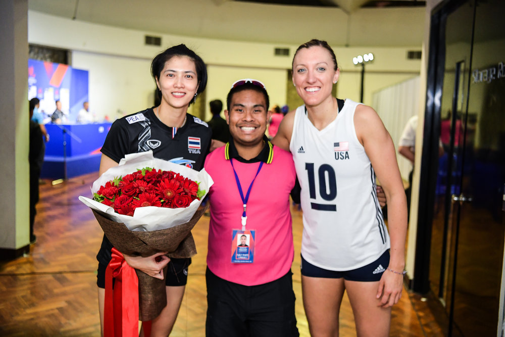 BANGKOK, THAILAND - MONTH 31: Pleumjit Thinkaow (c) of Thailand and Jordan Larson (c) of USA pose for a picture after their press conference at the FIVB Volleyball Nation League 2018, Indoor Stadium Huamark, Bangkok, Thailand on May 31, 2018. 