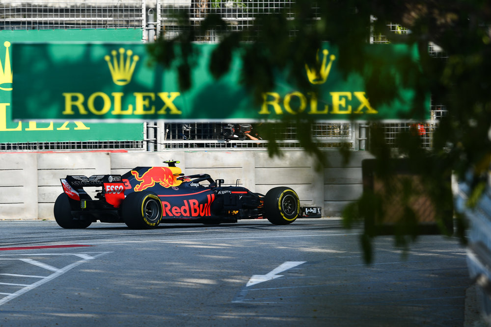 SINGAPORE - SEPTEMBER 14: Daniel Ricciardo (3) of Aston Martin Red Bull Racing in Turn 11 during the F1 Singapore Airlines - Singapore Grand Prix 2018, Marina Bay Street Circuit, Singapore on September 14, 2018. 
