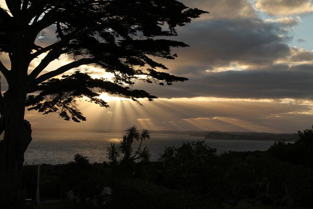 Setting sun on Tiri