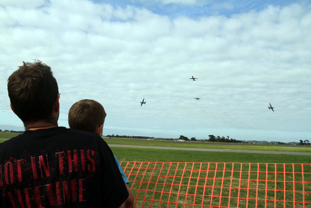 Robin and I wathcing the RNZAF planes flying low at the beginning of the show.