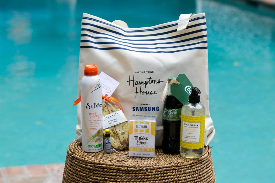 kim-gee-studio-graphic-design-samsung-hamptons-house-gift-bag