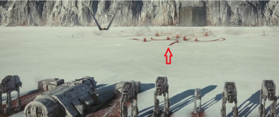Finn doesn't turn around (red arrow) - every other Resistance speeder turns around. Even Rose.