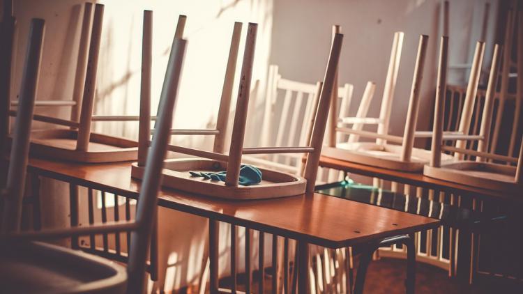 empty_classroom_3.jpg
