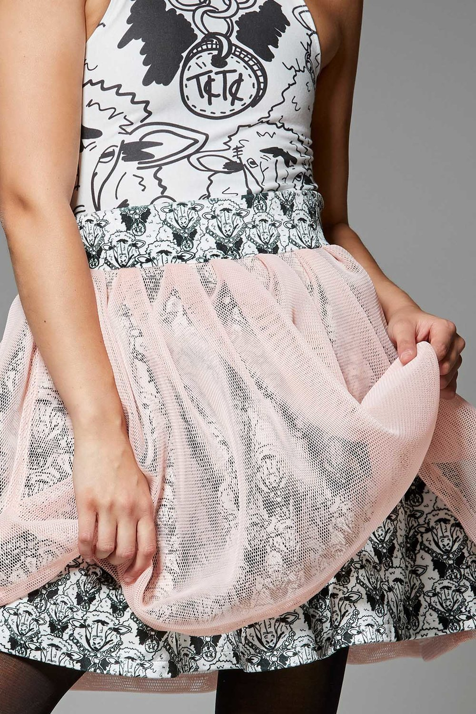 9.HRES_Bella_1200X1800X300_Skirt Closeup.jpg