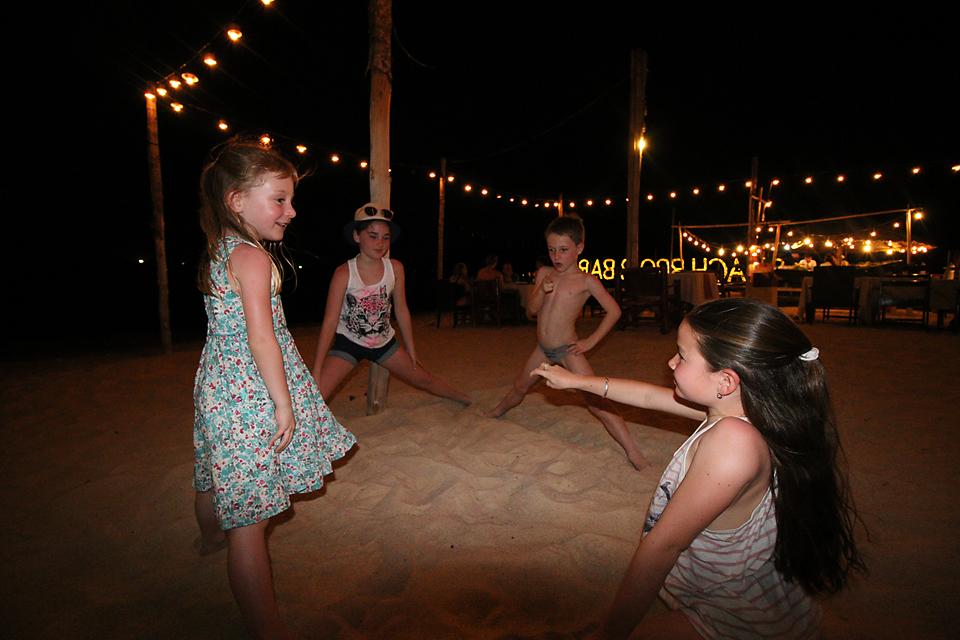 Beach BBQ games