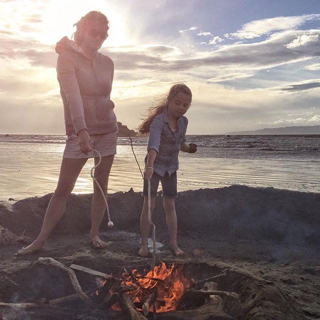 Marshmallows always taste better over a fire at the beach.  #saltedmarshmellow #monkeyisland #southlandnz