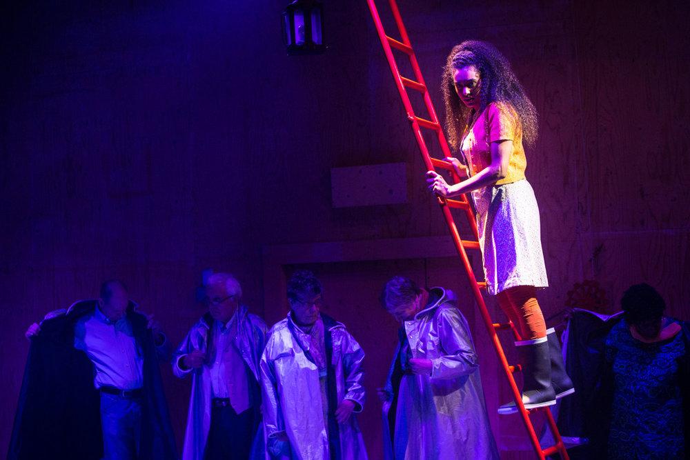 YV+TP+The+Curtain+dir+Rachel+Lincoln+-+©HelenMurray-100.jpg